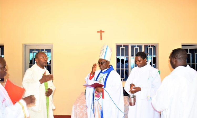 ERECTION CANONIQUE D'UNE NOUVELLE  PAROISSE DE KANANIRA DU DIOCESE CATHOLIQUE DE MUYINGA